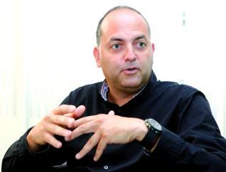 Ismael Alemán, en un momento de la entrevista, celebrada en la sede central de Toyota Canarias.